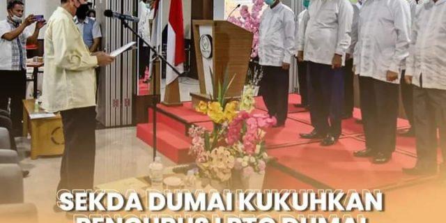 Sekretaris Daerah Kota Dumai, H. Indra Gunawan,  S.IP, M.Si mengukuhkan Pengurus Lembaga Pengembangan Tilawah Qur'an ( LPTQ) Kota Dumai Tahun 2021-2024