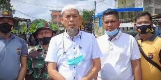Walikota Dumai H. Paisal Melakukan Peninjauan Langsung Pelaksanaan Gotong Royong Di Kecamatan Dumai Kota