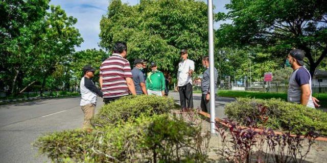 Pemerintah Kota Dumai Dukung Penghijauan Kota Sekaligus Mempercantik Tampilan Median Jalan