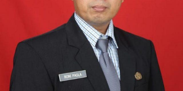 Sosok Kesederhanaan Kepala SMAN 5 Dumai Roni Pasla