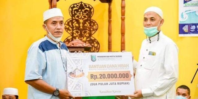 Malam Kedua Safari Ramadhan, Wali Kota Dumai Kunjungi Masjid Al A'Raaf
