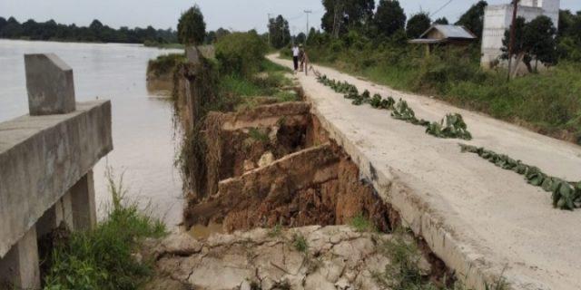 LSM Bara Api Desak Kejati Riau Tahan Dua Tersangka Proyek Turap Ambruk Danau Tajwid Pelalawan
