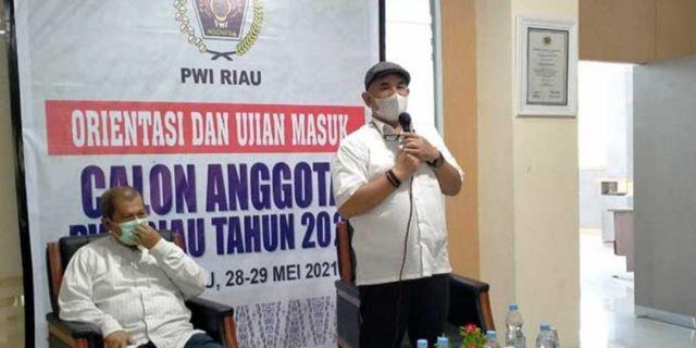 Zulmansyah Resmi Buka Orientasi dan Ujian Masuk Calon Anggota PWI Riau Tahun 2021