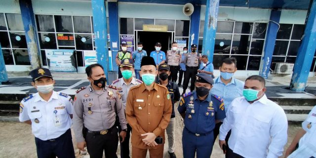Pantau Terminal Penumpang Pelabuhan Laut Domestik Bandar Sri Junjungan, Walikota H. Paisal, SKM., MARS., : Sangat Tidak Layak..!