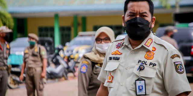 Hindari Operasi Yustisi, Pengendara Roda Dua Tabrak Petugas